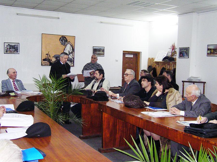 Membrii Asociaţiei, aici la începuturi, au continuat să joace un rol important în viaţa culturală gorjeană