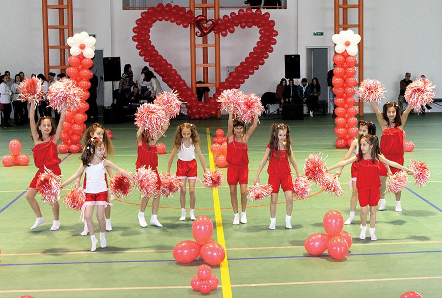 Dragobetele a fost sărbătoarea care i-a reunit pe elevii rovinăreni în diverse jocuri și concursuri