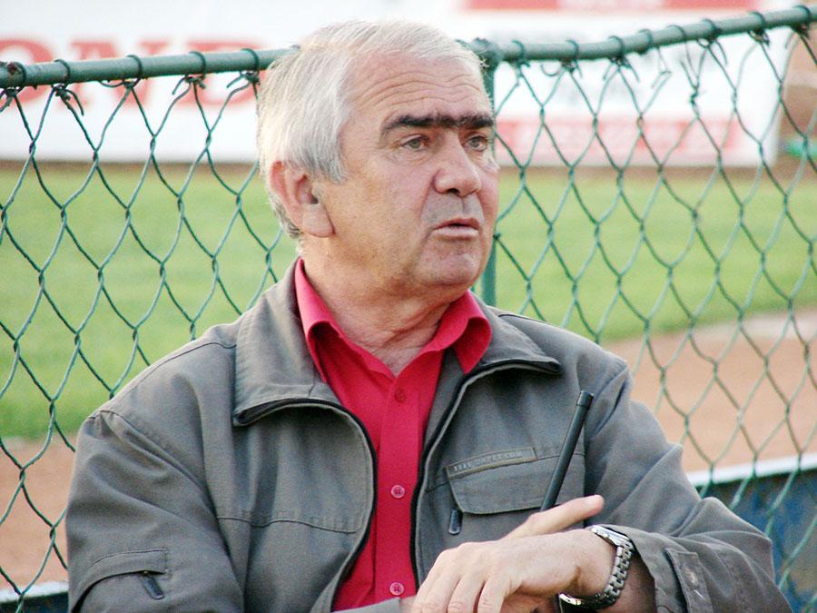 Primarul Florin Cârciumaru a acordat o atenţie constantă şcolilor din Municipiu