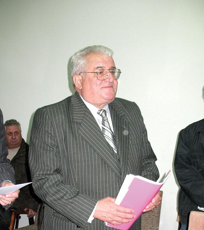 După ce a fost testat din punct de vedere medical, s-a stabilit că Nicolae Mischie poate suporta detenția și a fost transferat din arestul Poliției la Penitenciar