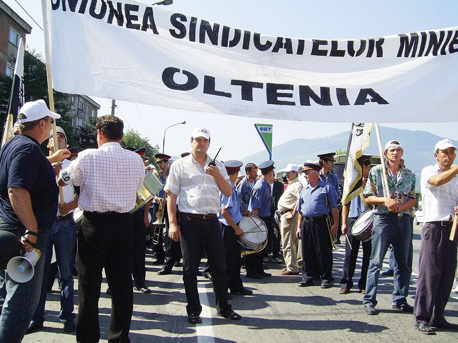 Marin Condescu și sindicaliștii lui, hotărâți să-i scoată în stradă pe mineri și pe energeticieni