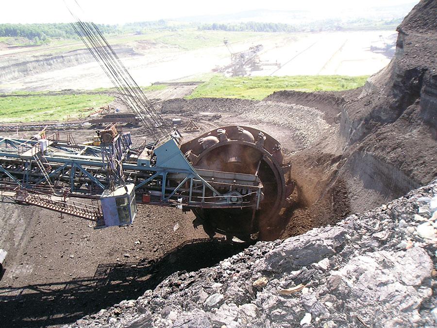 Presiunile externe pun în pericol locurile de muncă din minerit și energie