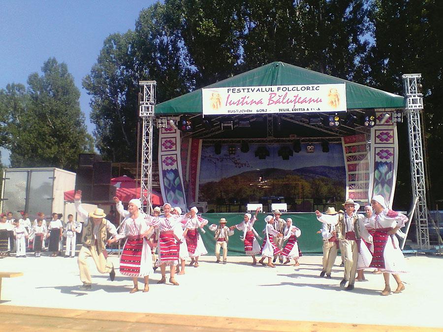 Grupurile de dansuri au primit cele mai multe aplauze din partea spectatorilor