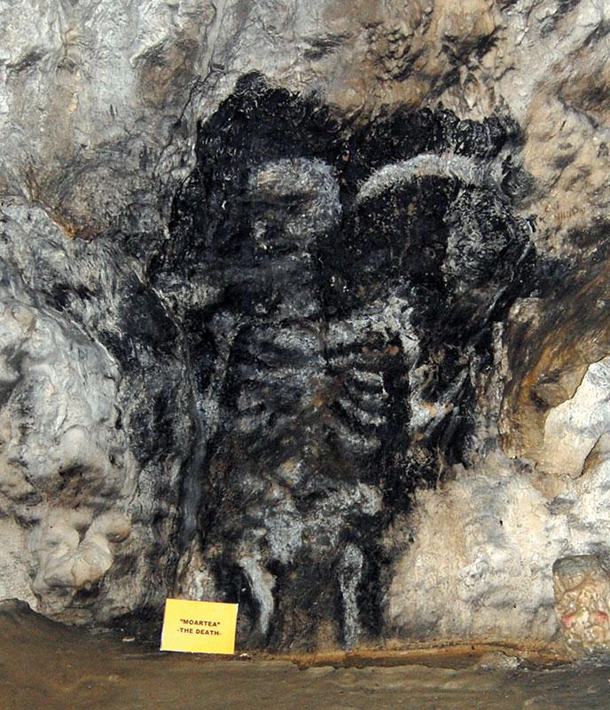 """""""Moartea""""- o pictură în tehnica negrului de fum, aflată în Peștera Polovragi"""