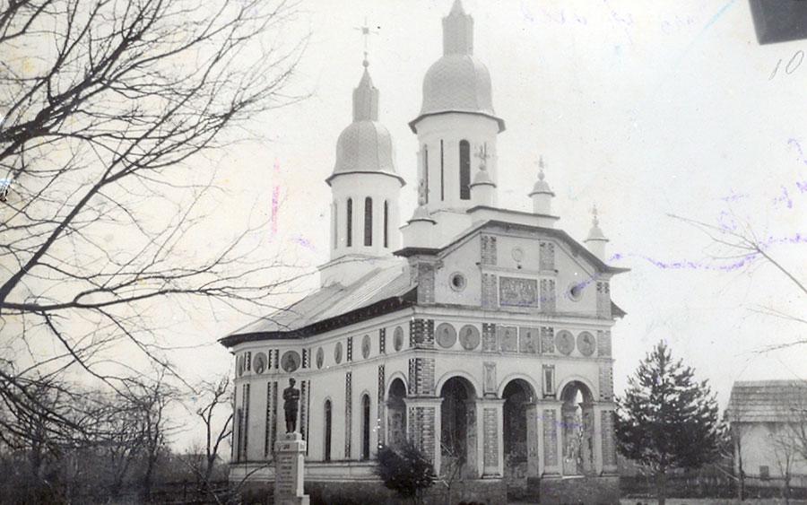 Doar biserica le putea aduce alinare locuitorilor din Bălăcești în anii de război