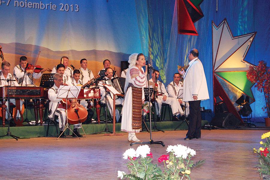 """Irina Birou a cucerit trofeul Festivalului """"Maria Lătărețu"""" 2013"""