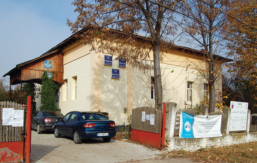 Deși cu buget mic, Primăria Săulești asigură condiții urbane cetățenilor comunei