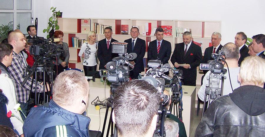 Toate oficialităţile craiovene s-au aflat la inaugurarea Centrului Polonez