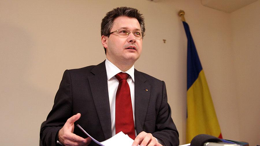 Ministrul Mihnea Costoiu conștient de valoarea școlii românești