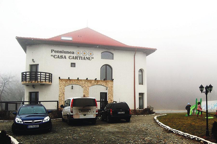 Pensiunea Casa Cartianu din Turcinești- Gorj, singura din țară premiată la Gala AJTR 2013