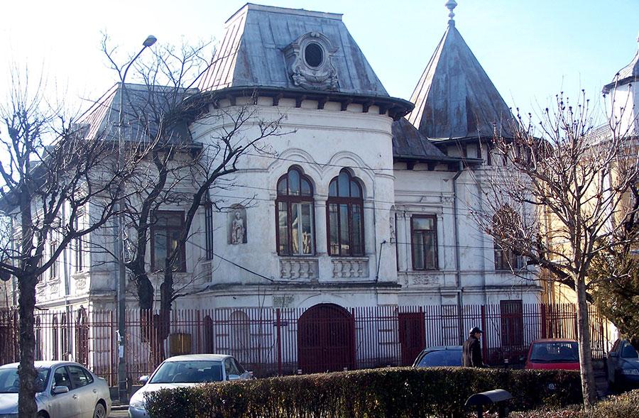 Dobruneanu era proprietarul casei renumitului Vasile Moangă din strada Siretului