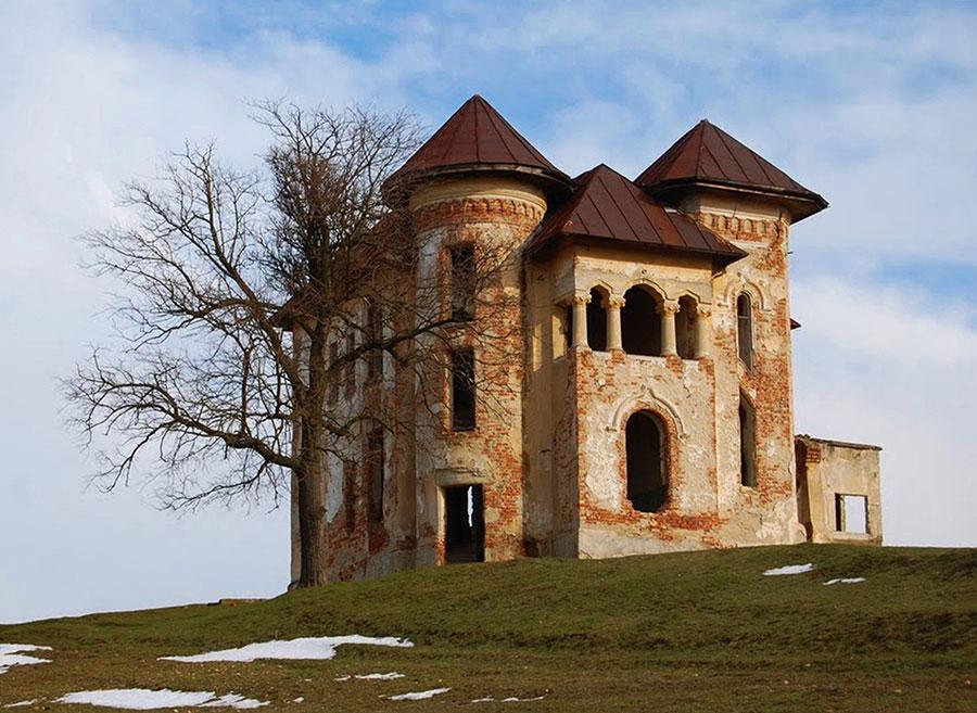 Din nefericire, tot mai multe dintre clădirile de patrimoniu din judeţul Gorj au ajuns nişte ruine
