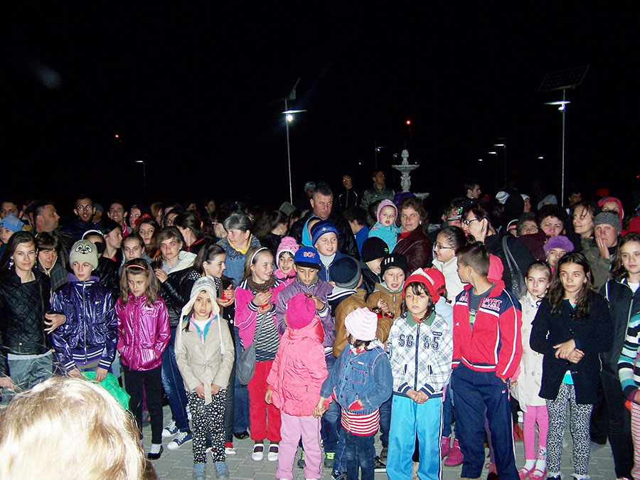 Un număr impresionant de elevi și părinți au participat la prima ediție a manifestărilor la Bălești
