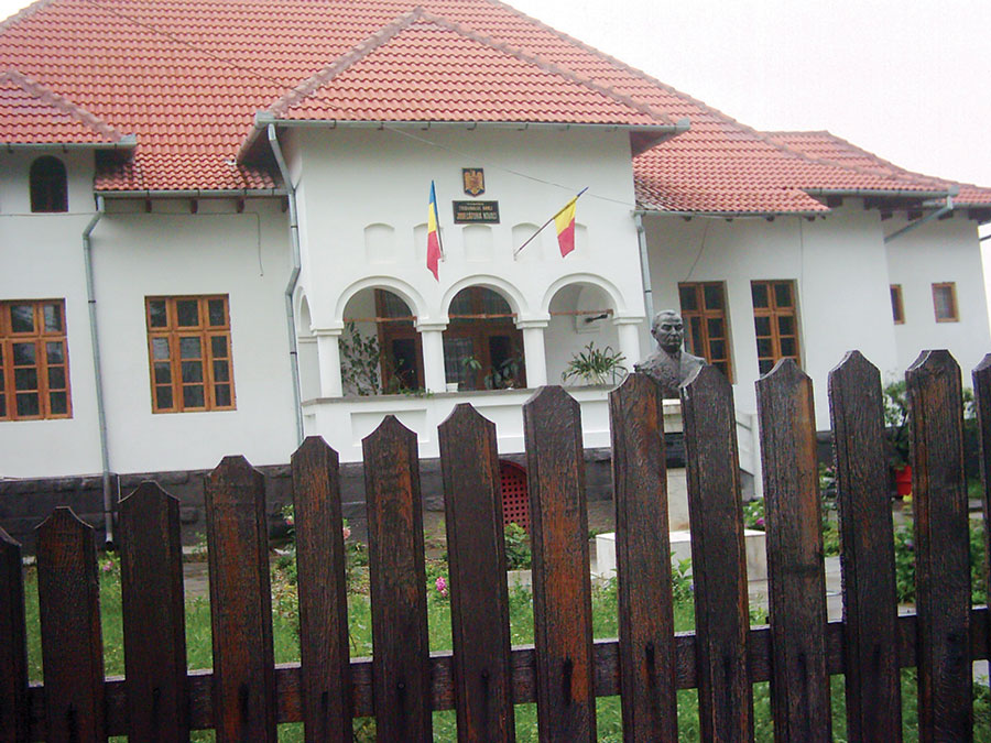 Judecătoria Novaci, condusă cu mână de fier de Elena Dafinescu