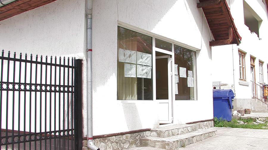 La sediul Asociației Obștea ARC a fost afișată cererea de chemare în judecată a lui Marius Albă
