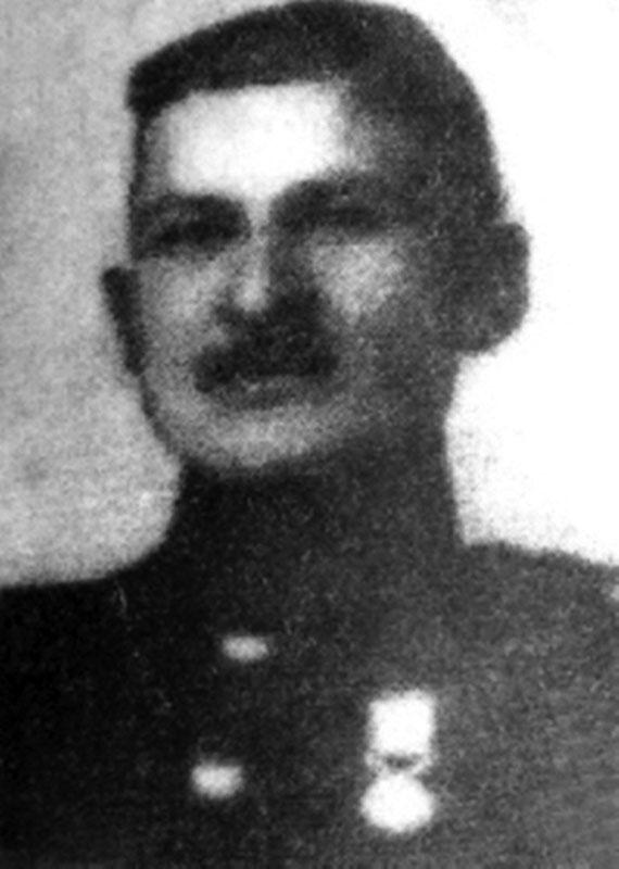 Iată-l pe Dumitru Greavu într-o imagine de arhivă de la începutul secolului XX