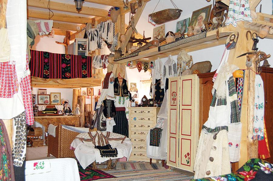 """""""Casa Amintirilor""""- o impresionantă colecție muzeală etnografică"""