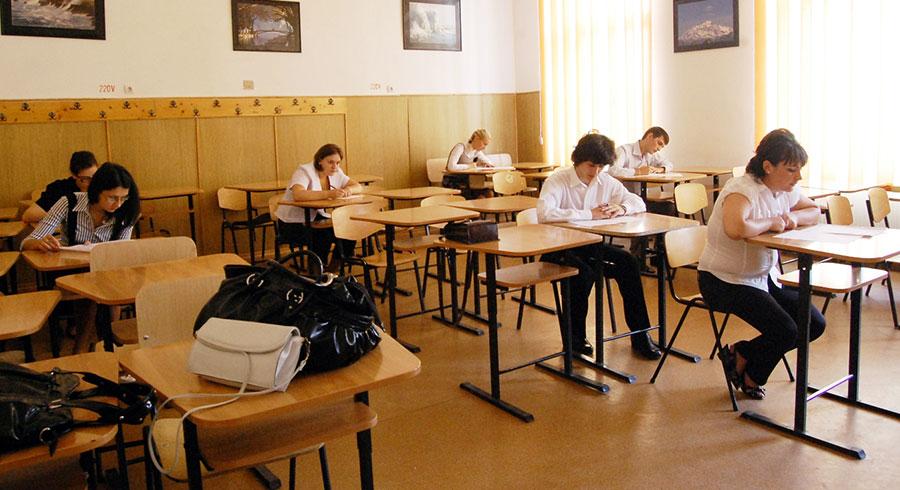 Elevii vor da aceleași tipuri de examene și în 2015