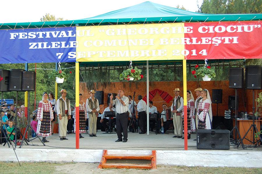"""La Berlești a avut loc prima ediție a Festivalului """"Gheorghe Ciociu"""", cu ocazia Zilelor Comunei"""