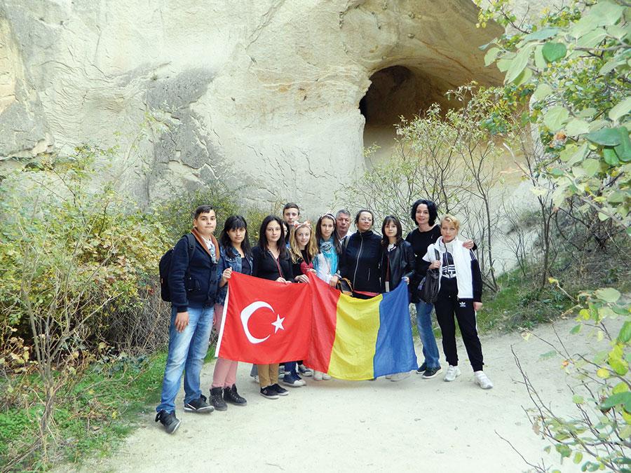 Elevii de la Băleşti au reprezentat România pe meleaguri turceşti
