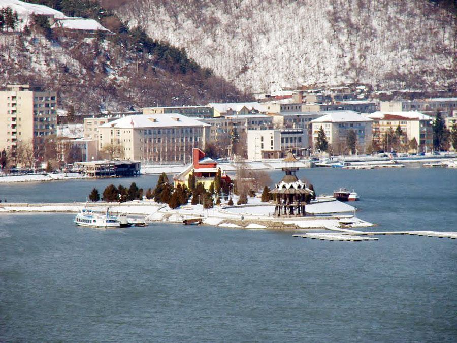 Iarna și-a intrat în drepturi și la malul Dunării