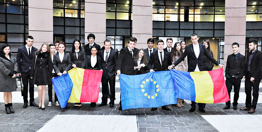 Elevi şi profesori gorjeni la Strasbourg