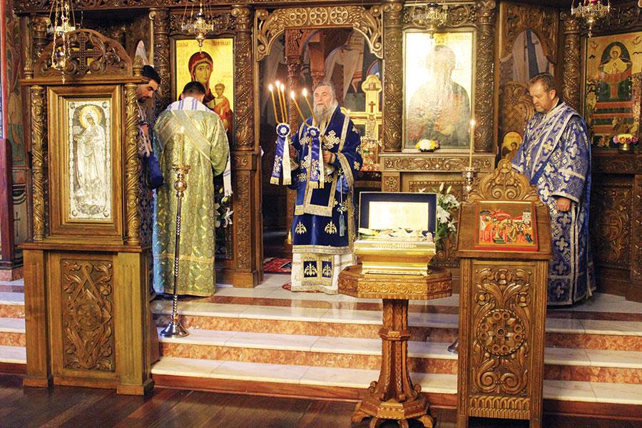 IPS Irineu a vorbit enoriașilor despre Maica Domnului