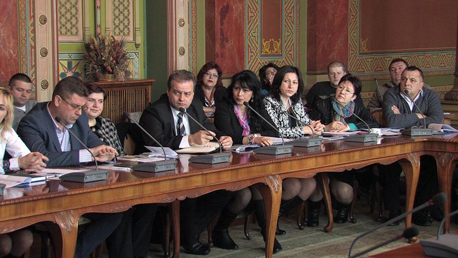Directorii liceelor tehnologice vor ca practica să se facă la agenții economici