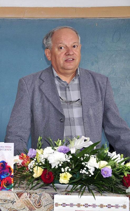 De 42 de ani, Ion Elena slujește presa Gorjeană
