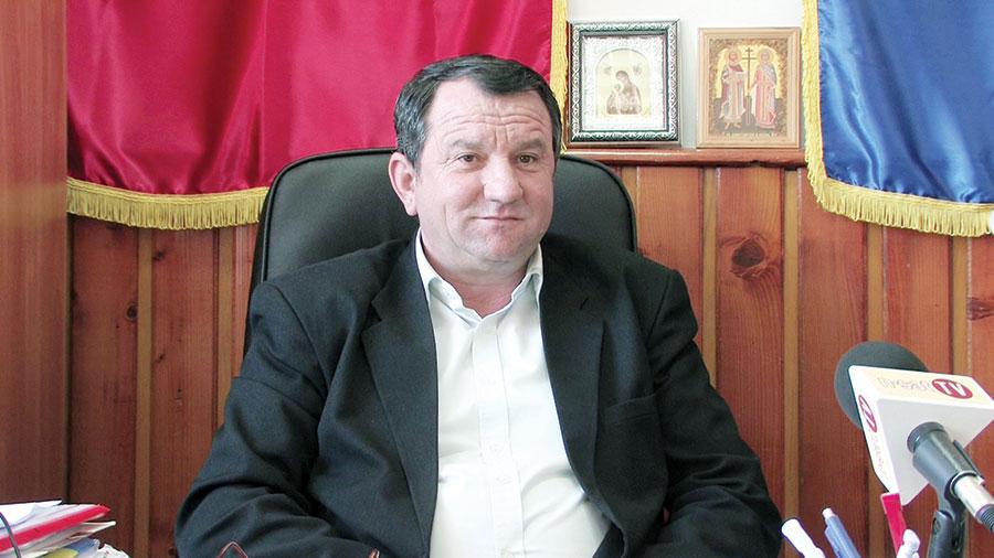 Primarul Constantin Radu al orașului Țicleni face bilanțul