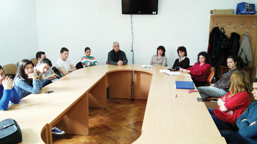 Întâlnirea de lucru a fost fructuoasă, tinerii români și bulgari prezentând situații întâlnite în teren