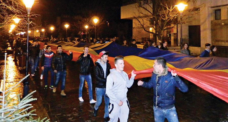 Tinerii gorjeni au arătat că doresc unirea Basarabiei cu România
