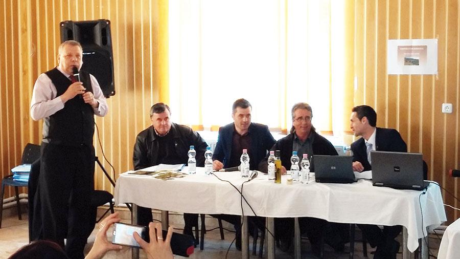 Agricultorul catalan le-a explicat localnicilor cum funcționează cooperativele la el în țară