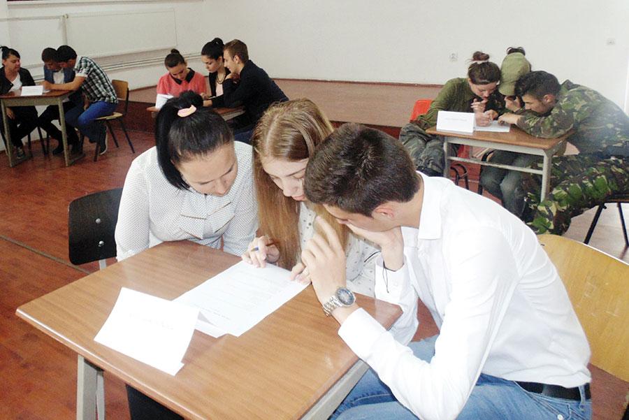 Elevii au avut de înfruntat și un test din tematica concursului