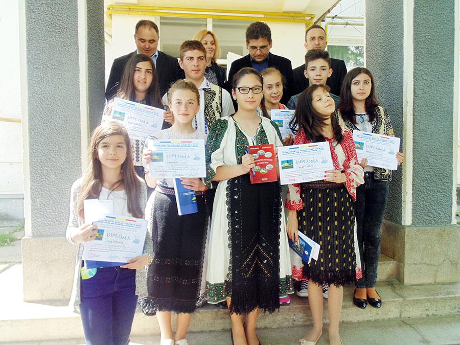 Elevii de gimnaziu de la Bălești, Dragotești și Târgu-Jiu s-au dovedit foarte bine pregătiți de concurs