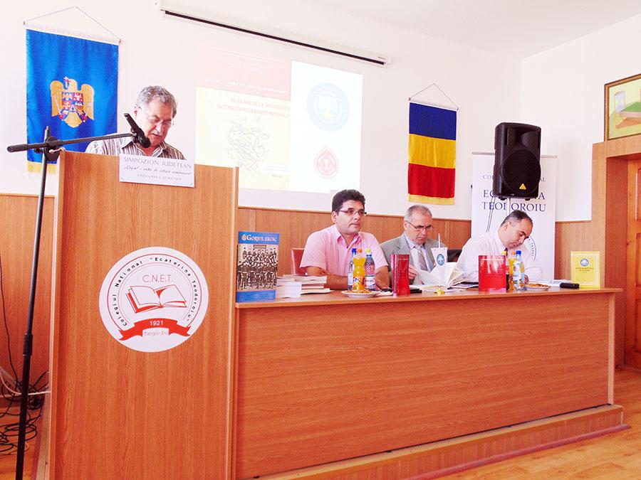 """Cartea profesorilor gorjeni Gheorghe și Dorina Nichifor a fost lansată cu prilejul Simpozionului """"Gorjul-vatră de istorie românească"""""""