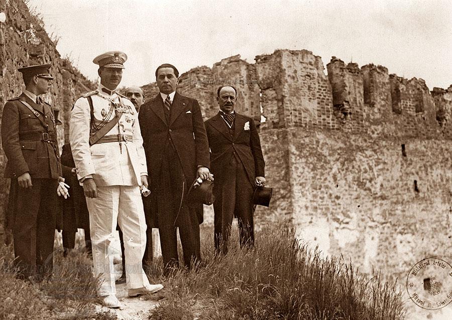 Carol al II-lea și Gheorghe Tătărescu în vizită în Basarabia cu câțiva ani înainte de evenimente