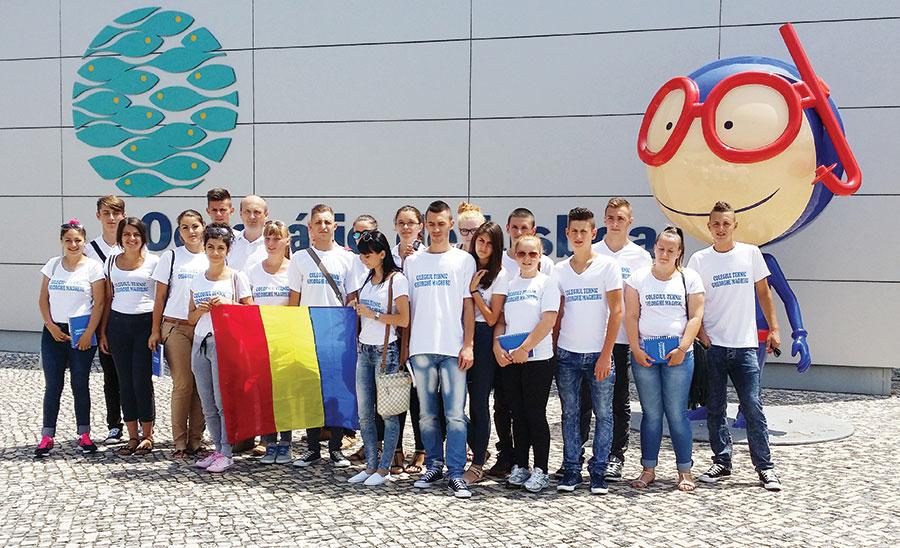 Delegaţia de elevi şi cadre didactice de la CTGGM prezentă în aceste zile în Portugalia