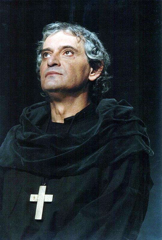 Unul dintre cei mai cunoscuţi şefi de poteră dar şi haiduci a fost Iancu Jianu (aici actorul Adrian Pintea)