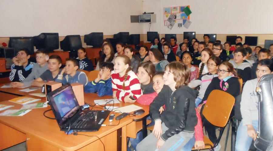 Elevi din mai multeșcoli și licee gorjene au participat la proiectul educațional inițiat de BNR