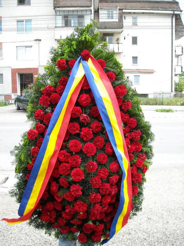 Toate comunităţile locale din Gorj acordă un respect deosebit eroilor