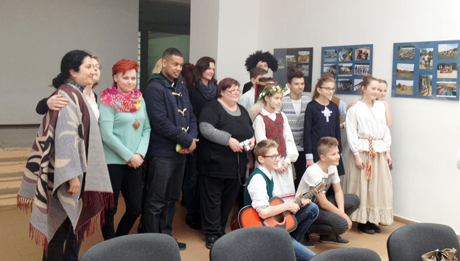 """Elevii de la """"Magheru"""" s-au dovedit demni ambasadori ai Gorjului pe meleaguri poloneze"""