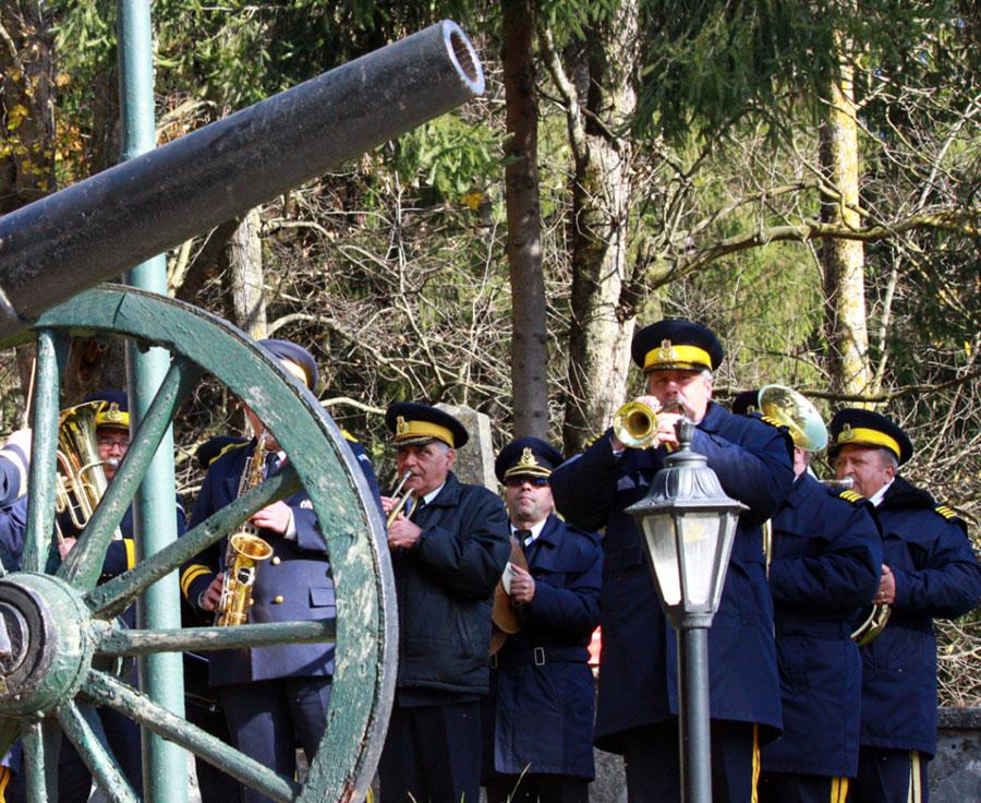 Cu prilejul unor sărbători, eroii țării sunt amintiți pentru patriotismul și jertfa lor