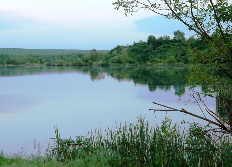 Lacul Sâmbotin dă primele semne că vara e aproape
