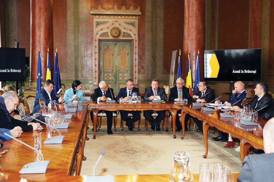 Președintele Consiliului Județean Gorj, Cosmin Popescu, a primit vizita lui Milan Peprnik, ministru consultant pe probleme de afaceri al Ambasadei Cehiei în România