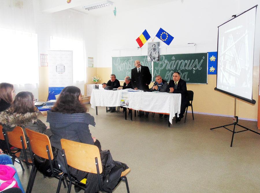 Reprezentanții arhivelor gorjene într-o acțiune dedicată lui Constantin Brâncuși