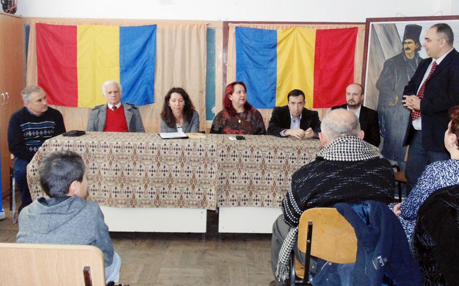 Arhiviștii gorjeni participă la multiple acțiuni în școlile gorjene